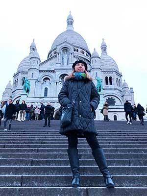 kristyn travels in Paris